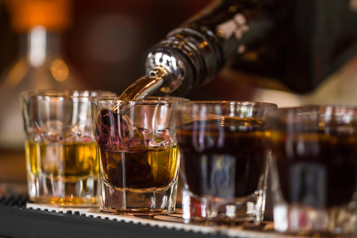 Zigarren und Getränke - Havana Bar & Cigar