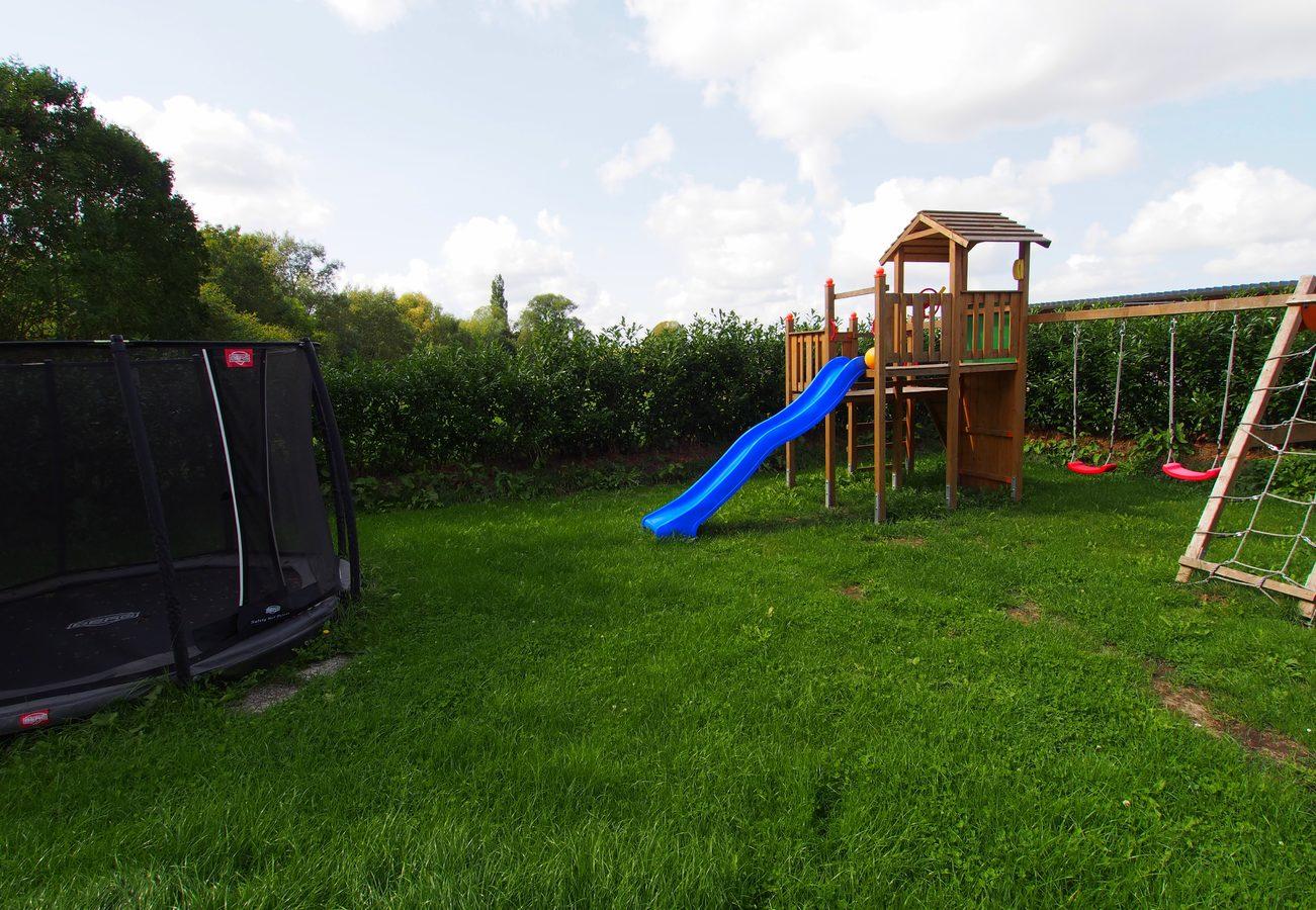 Klettergerüst Wohnung : Spielplatz ferienwohnung grömitz tacken