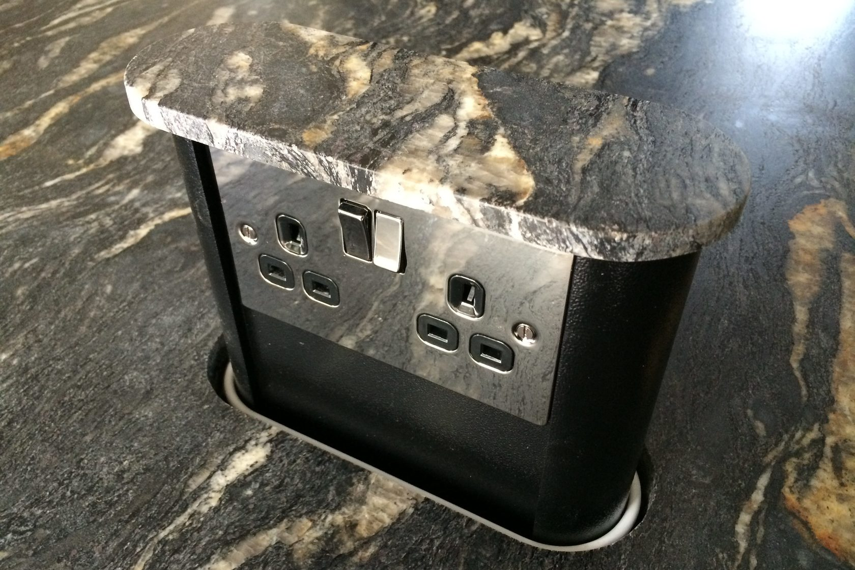Hidden Amp Discreet Worktop Sockets Socket Box Uk