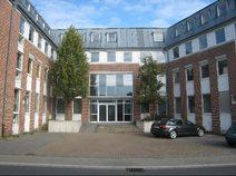 Eindrucksvolle Projektenwicklung eines Bürogebäudes zu einem einladenden Wohnheim in Ratingen mit einer ansprechenden Klinkerfassade