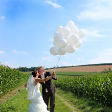 Afterwedding-Shooting im Maisfeld