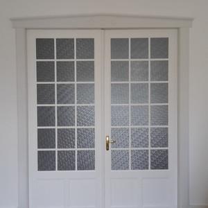 Stiltür Altbautür mit Sprossenfenstern und abgeplatteten Füllungen passend zum Bestand