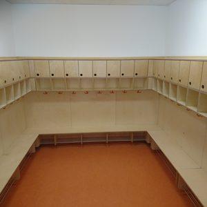 Garderobe für einen Kindergarten in Birke MPX