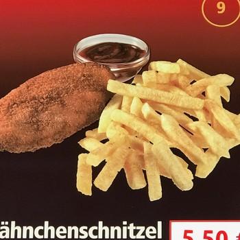 Hähnchenschnitzel mit Pommes frites