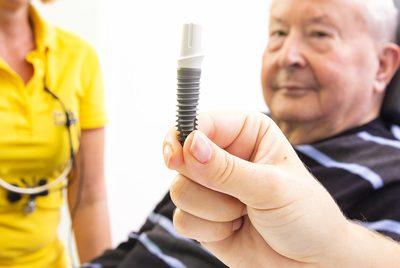 Implantate Zahnarztpraxis Dr. Eva Lichtblau Ammerndorf