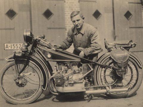 Firmengründer Franz Moll 1929
