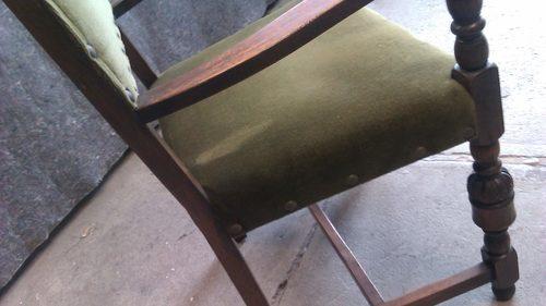 Historischer Stuhl vorher