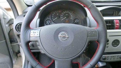 Lederlenkrad Opel Corsa